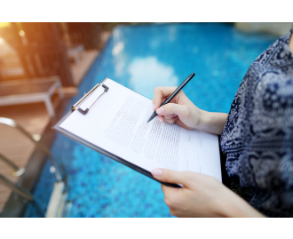5 Steps Towards Excellent Community Pool Management During the Off-Season
