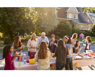 How to Host the Perfect HOA Sponsored Community Event